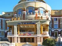 https://files.delfin-tour.ru/system/hotels/1043/photos/200x150/14697357859793289.jpg