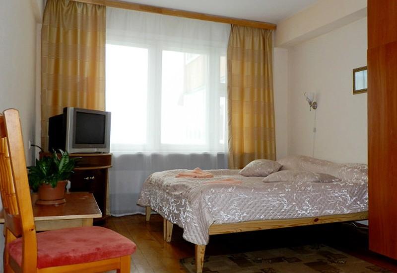 """Частная гостиница """"Арабеска""""   2-местный  в блоке 3+2"""