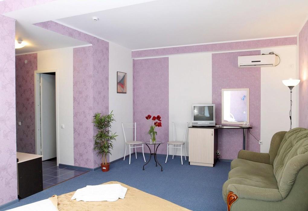 """Отель """"Парадайз"""" (бывш. """"Санвиль Парадайз"""")   2-местный  1-комнатный  полулюкс"""
