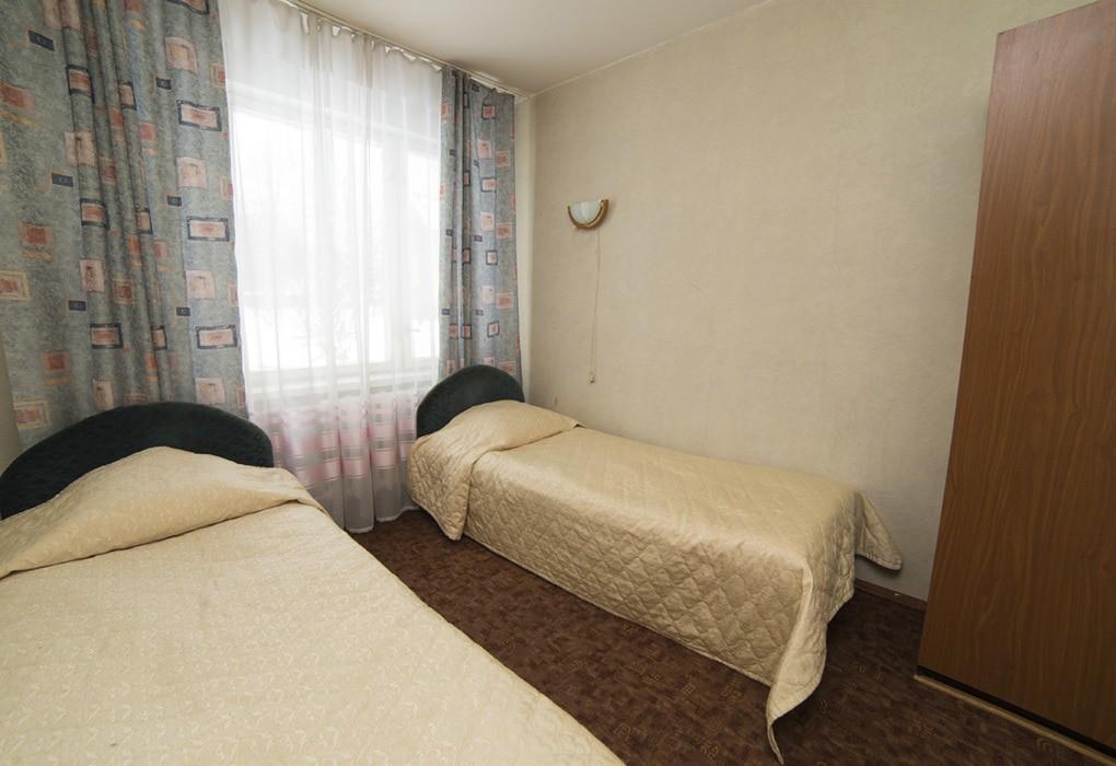 "Отель ""Valesco Hotel and Spa"" | 4-местный  3-комнатный  стандарт"