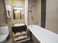 "Отель ""Valesco Hotel and Spa"" | 2-местный  2-комнатный  стандарт. Корпус №2,3"
