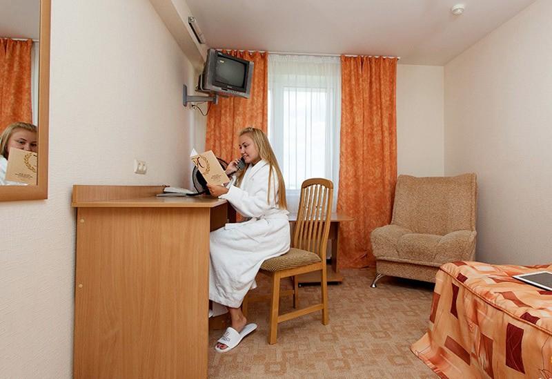 """Отель """"АМАКС Сафар-отель""""   1-местный   стандартный"""