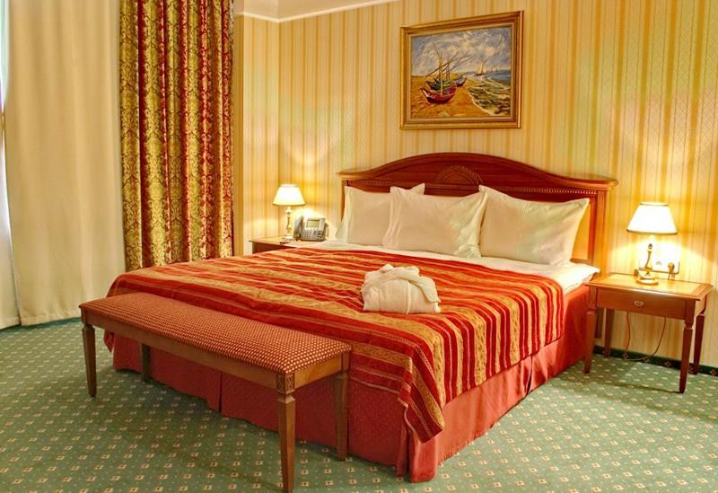 """Отель """"Корстон""""   2-местный  люкс"""
