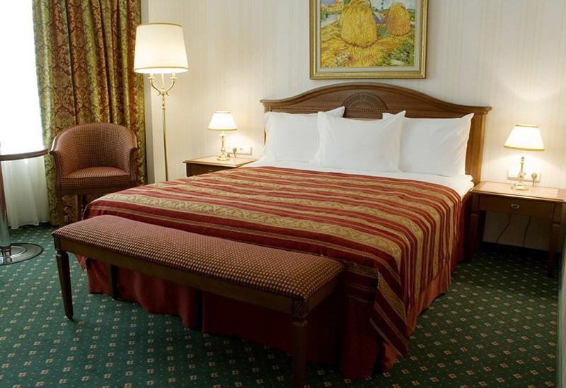 """Отель """"Корстон""""   2-местный  1 катег."""