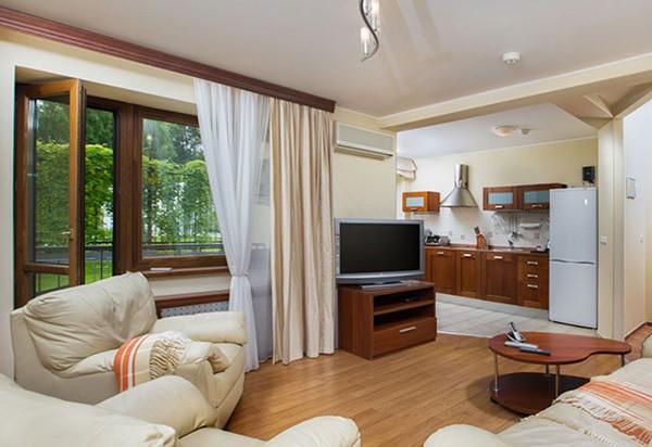 "Отель ""Mistral Hotel & SPA"" | 2-местный  2-комнатный  апартамент"