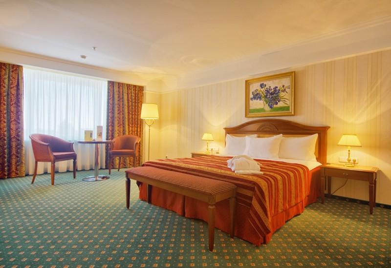 """Отель """"Корстон Royal""""   2-местный  клубный люкс"""