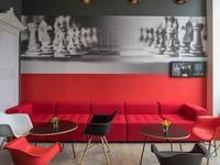 """Отель """"Ibis Riga Centre""""   К услугам гостей"""
