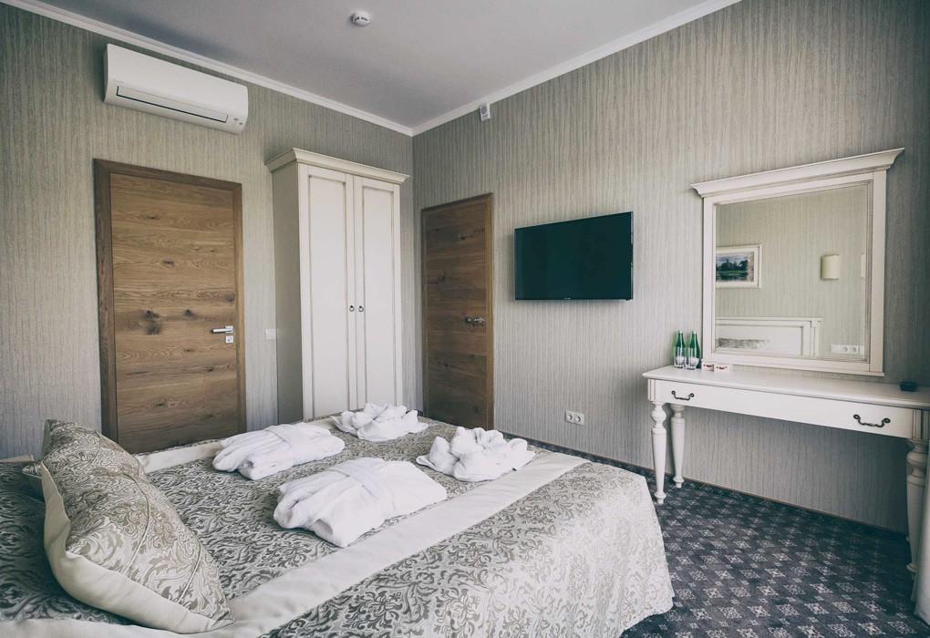 """Санаторий """"Плисса""""   4-местный  3-комнатный  апартамент"""