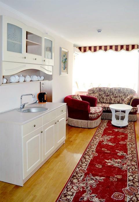 "Санаторий ""Сакрополь"" | 2-местный  3-комнатный апартамент"